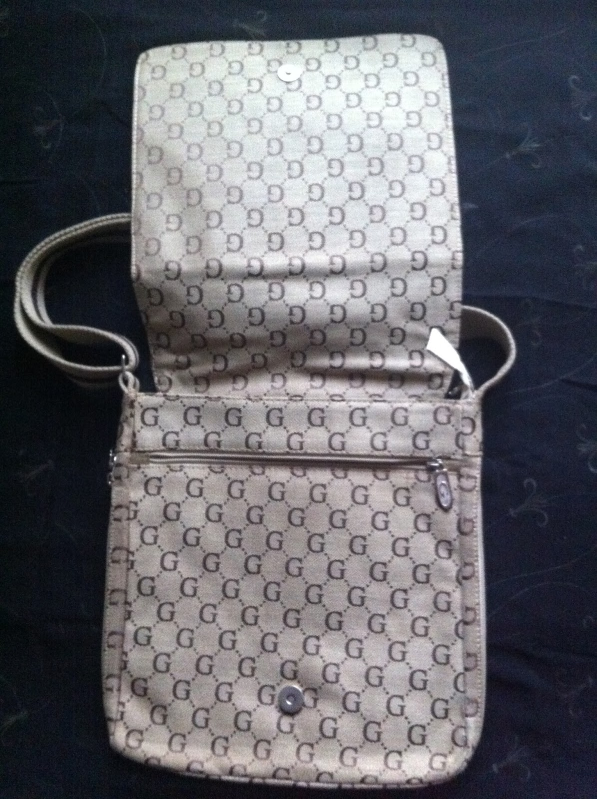 AZIM WIGAN UK PRE LOVED VERY RARE GUCCI BAG Made In