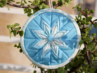 FREEBIES FOR CRAFTERS Fancy Folded Star Ornament