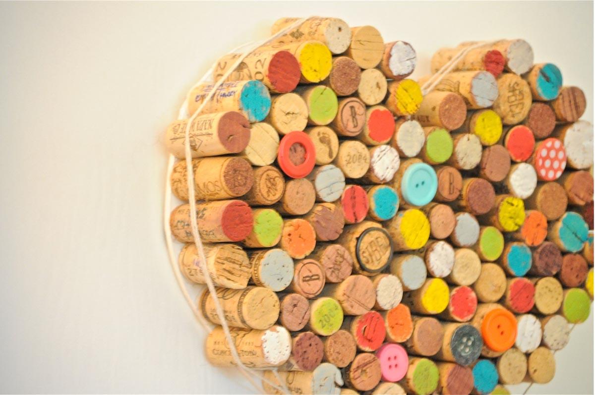 Ewe hooo wine cork art for Cork art ideas