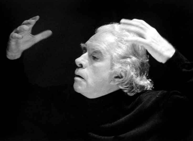 """Prima Nazionale per """"Non chiamatemi Maestro"""", di e con Corrado d'Elia, al Teatro Libero di Milano"""