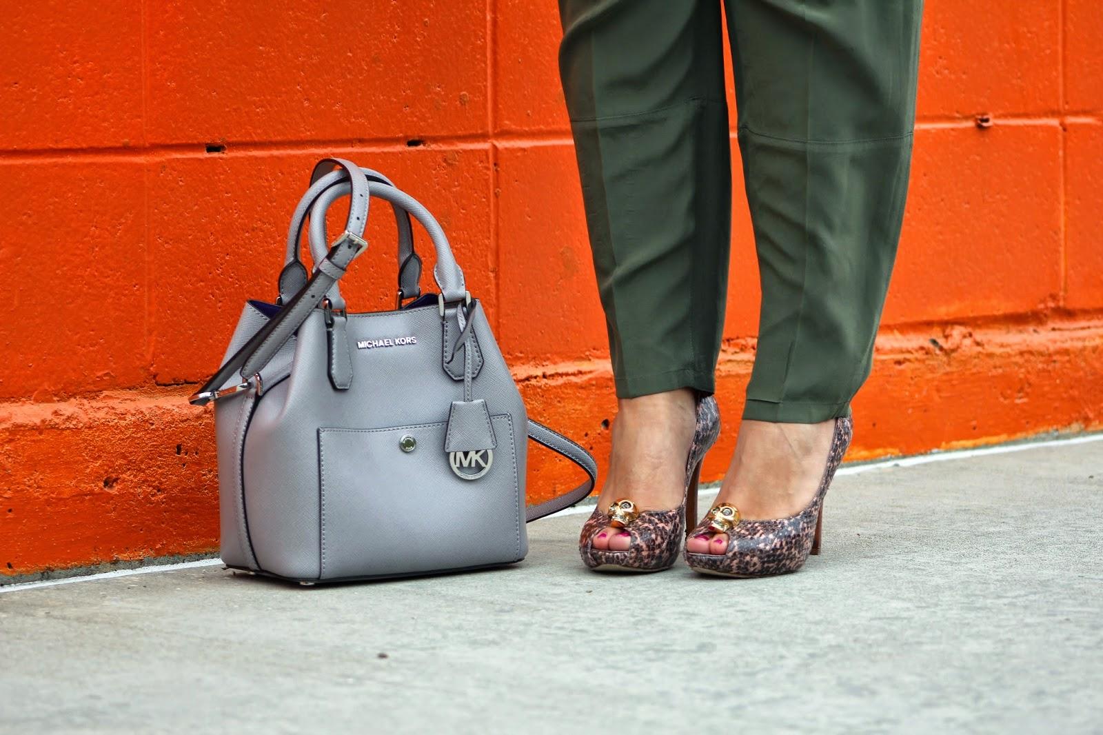 michael kors greenwish purse