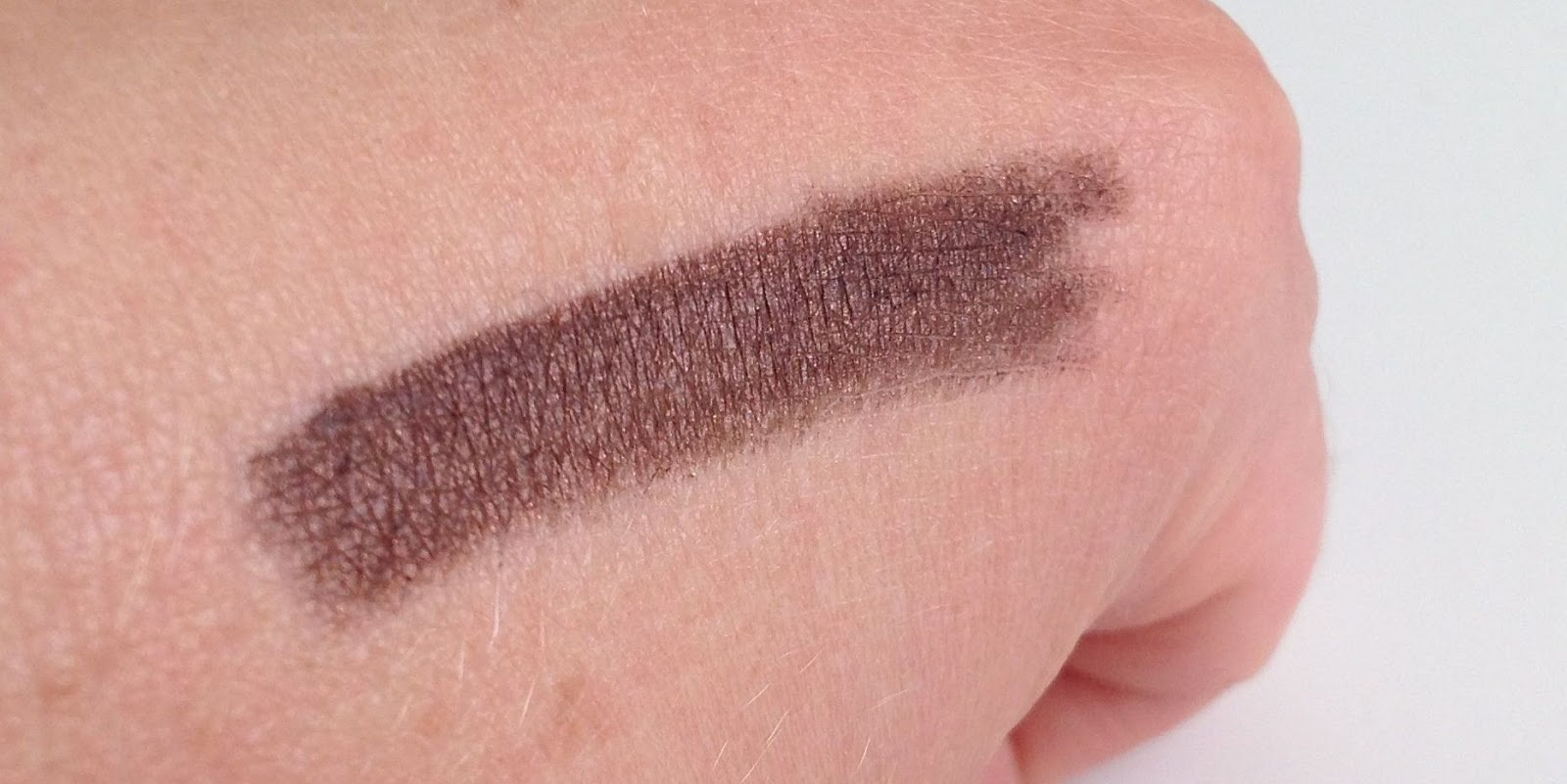 MAC Teddy Eye Kohl swatch