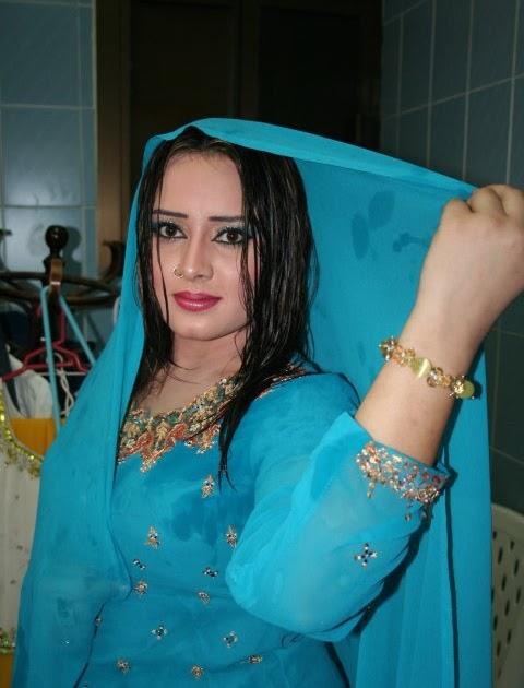 America Sex Aselole: Nadia Gul Actress Hot Pics