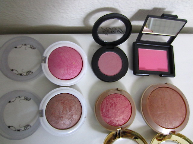 20. Hard Candy Baked Blush in 125 living doll used 1x $4