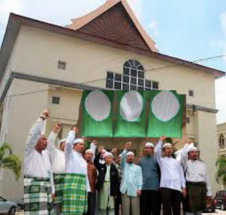 PAS Kelantan beli bangunan UMNO Kota Bharu