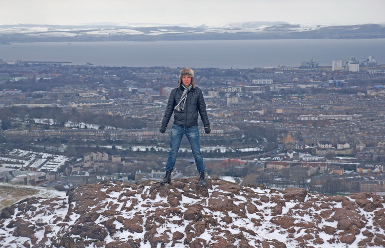 Walter Scott monument, Princess Street, Royal Mile, Edinburgh Castle, Camera Obscura, Holyrood Palace, Holyrood Park, Arthur's Seat, Calton Hill, Portobello Beach.