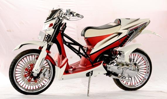 Modifikasi Honda Vario Techno Supermoto