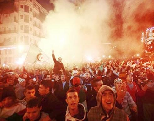 الجزائر : قتلى وجرحى في احتفالات تأهل المنتخب للدور الثاني في كأس العالم