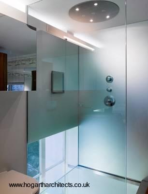 Sector del baño agregado con la reforma al apartamento