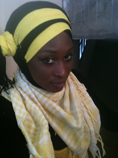 Je boucle cette série de partage dexpériences avec Nansy Sall, une magnifique hijabiste qui est à Dakar. Pour elle, le fait quelle ait décidé de se voiler