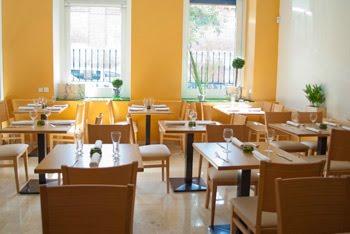 Noticias de salud crucina el primer restaurante europeo for Puertas de cocina de restaurante