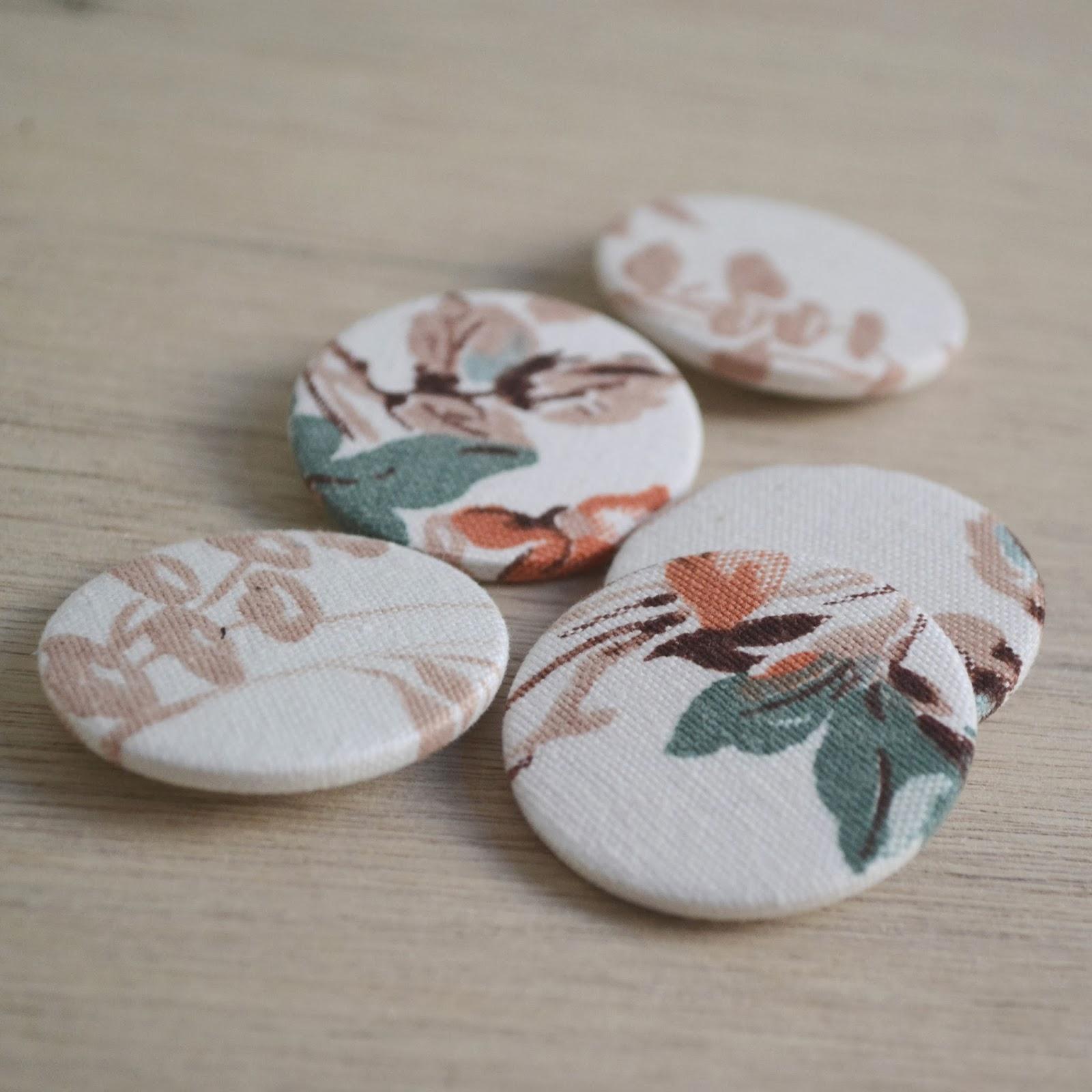 https://www.etsy.com/listing/175733719/set-of-five-vintage-floral-fabric-badges?ref=shop_home_active_6