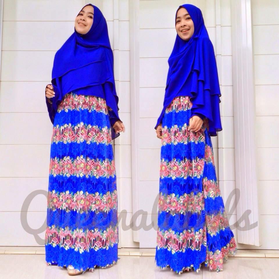 Contoh Baju Muslimah Syar'i Warna Biru Motif Bunga