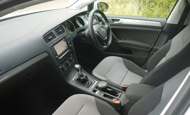 VW e-Golf interior