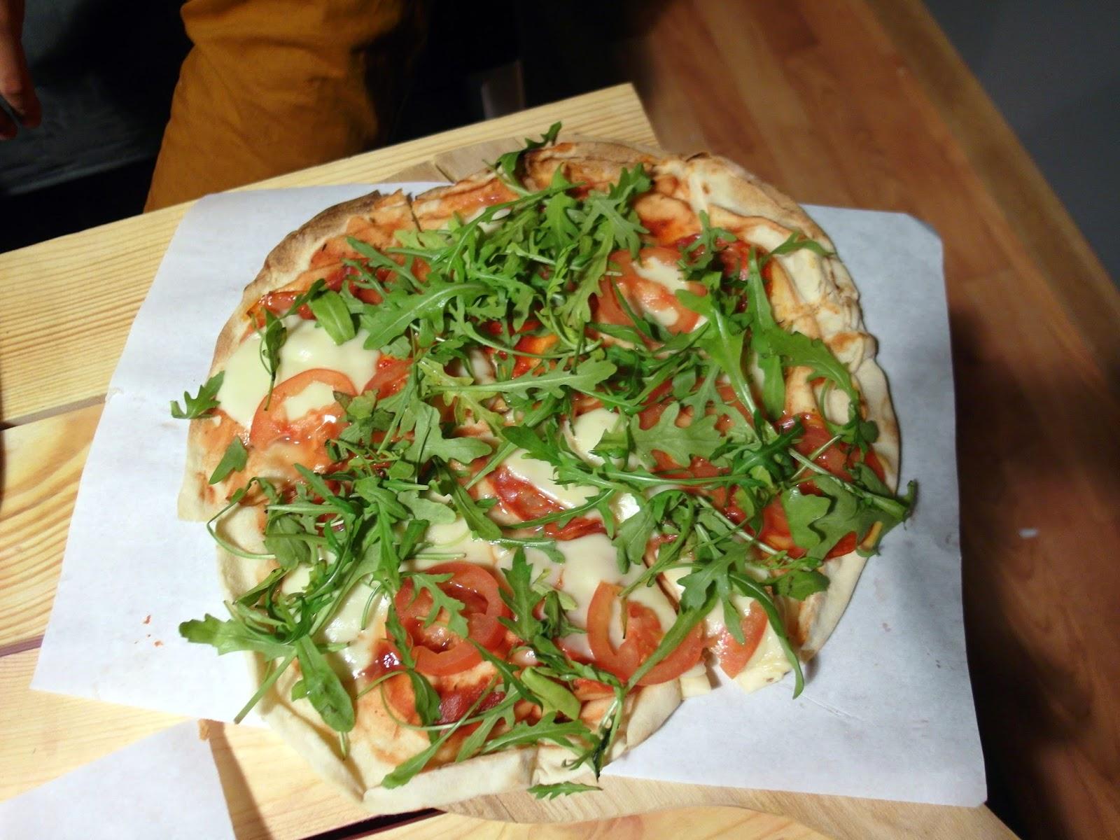 pizza ostro ostro bistro