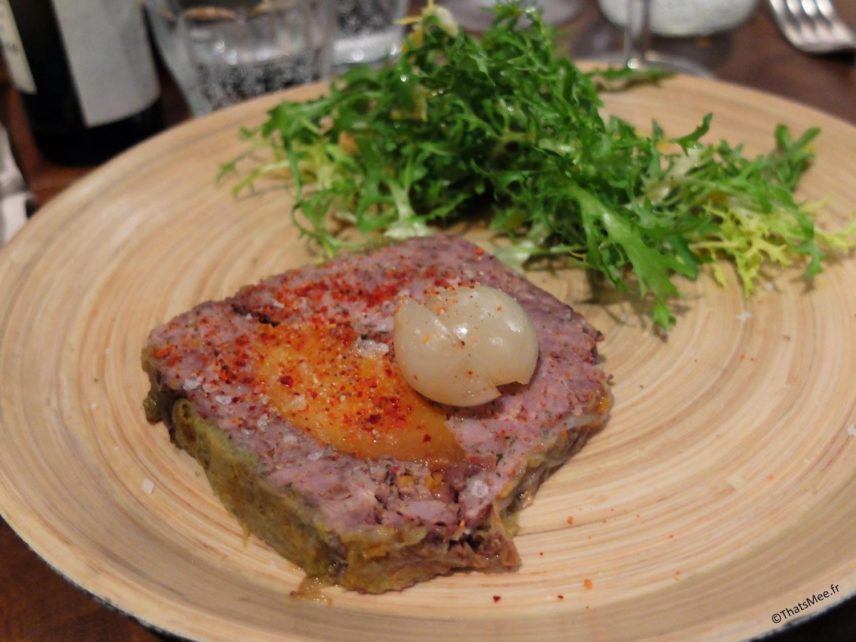 Restaurant Atelier Vivanda Akrame Paris spécialités viandes, terrine de porc et pêche entrée resto Atelier Vivanda