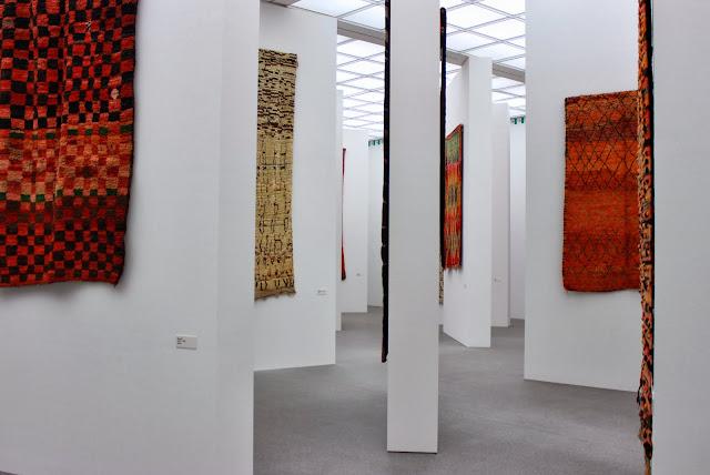 Hayallerim delorean ve sen marokkanische teppiche und for Kunst der moderne