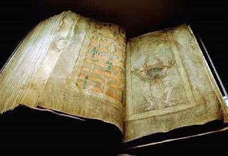 Mengenal Codex Gigas atau Manuskrip iblis