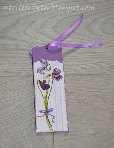 fioletowa zakładka decoupage