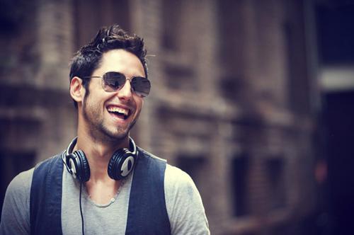 أسرار تفضح الحب عند الرجل - رجل وسيم جميل - handsome dj man guy