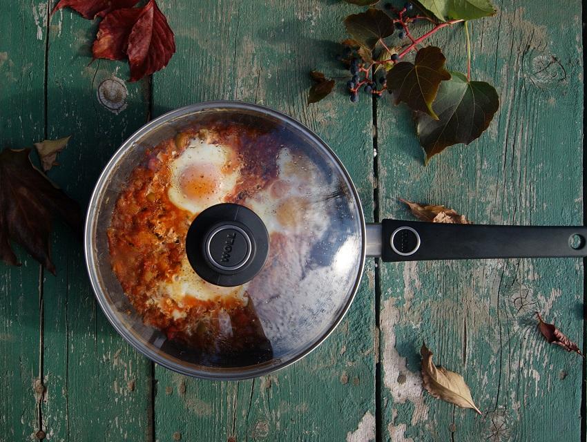 Moi kuchenni pomocnicy: test patelnii Woll Shafir Lite