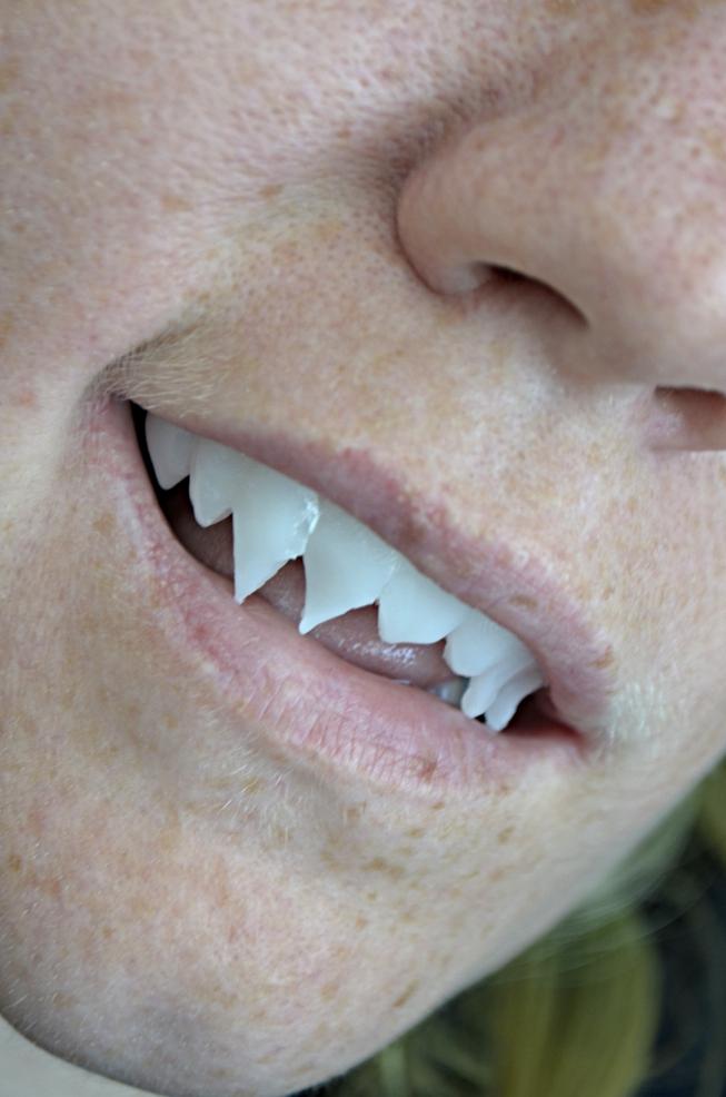Grell Sutcliff Cosplay Teeth