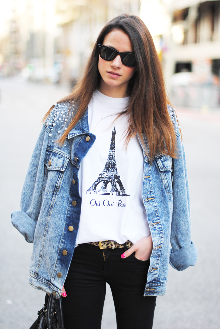 http://2.bp.blogspot.com/-M-WgxYF0j_k/T4XnvD4OEkI/AAAAAAAAJDA/BMmC1oGAmvQ/s1600/casual+t-shirt,+denim+jacket+with+pearls,+leopard+belt.jpg