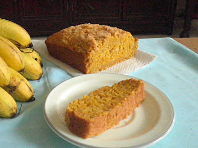 Pumpkin Banana Bread Recipe @ http://treatntrick.blogspot.com