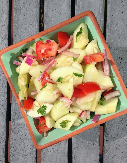 Herbed Cucumber & Tomato Salad Recipe