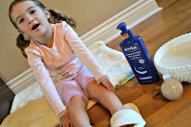 spa day at home with NIVEA lotion from Sam's club #NIVEAMoments