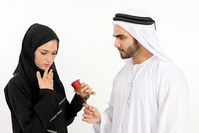 5 Perilaku yang Harus Dijauhi oleh Seorang  Istri
