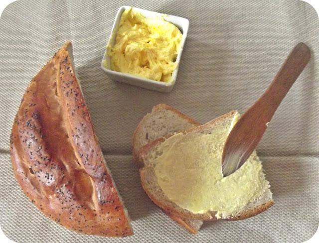 Chleb z mąki pszennej  (drożdżowy ) bardzo łatwy