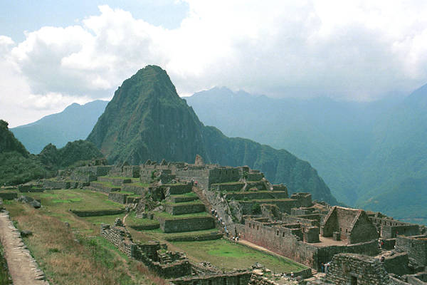 a discussion of the european conquests of the aztec and incan empires This spanish conquistador conquered the incas, this myth fueled the conquest, and the incas were storing this learn more facts about the incan empire.