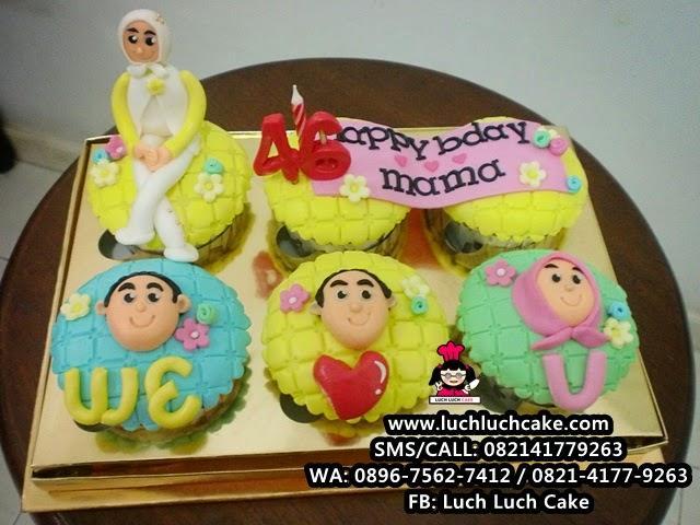 Cupcake Ulang Tahun Untuk Ibu Daerah Surabaya - Sidoarjo
