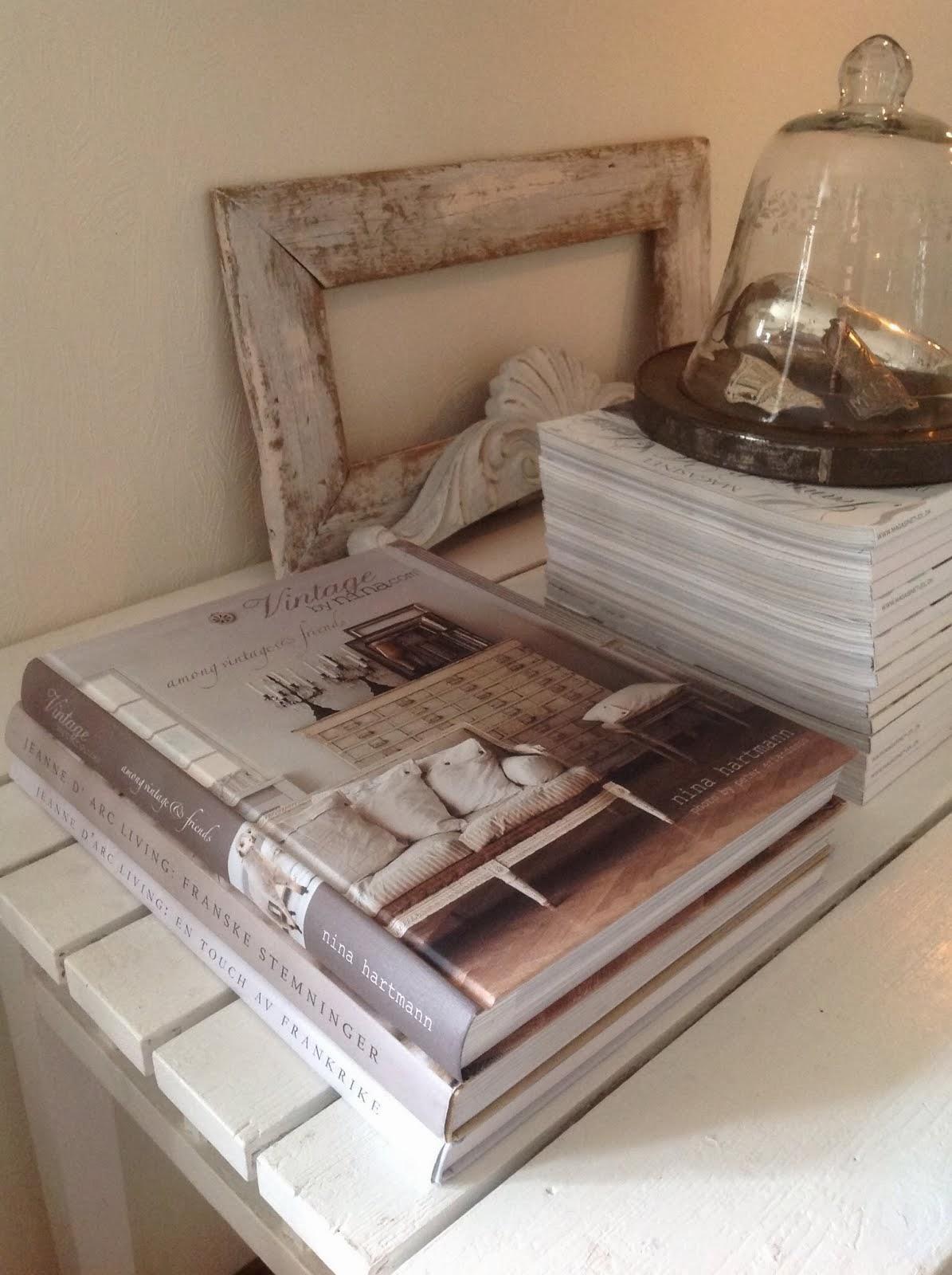 Vackra böcker och inredningsmagasin