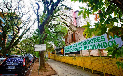 rua mais bonita do mundo poa porto alegre rs brasil rua gonçalo carvalho capital