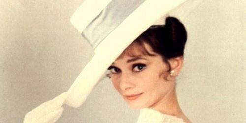 Audrey Hepburn con una pamela