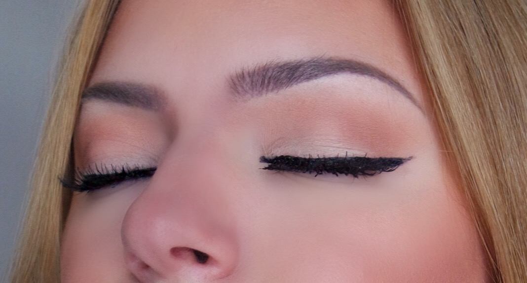 Makeup By Myrna Beauty Blog The Easiest Eye Makeup Look Ever All