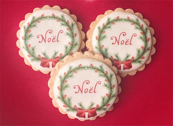 Cookie Pixie: Vintage Christmas Santa & Noel Wreath Cookies