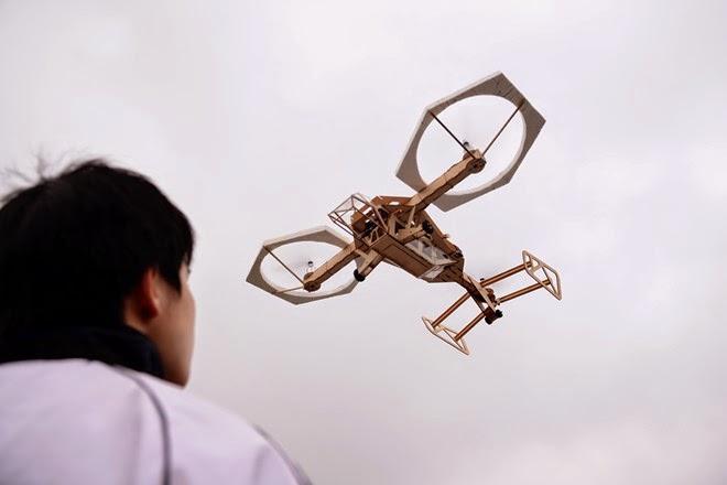 chơi mô hình máy bay tự chế