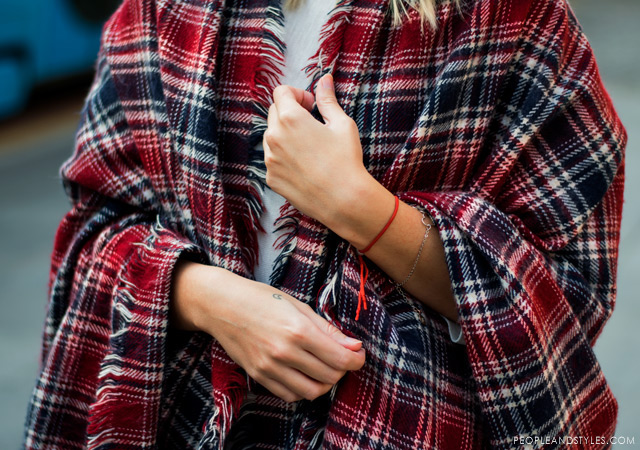 how to wear poncho, daily outfit inspiration, Tina Bačić, Buro24/7.hr, street fall 2014 fashion