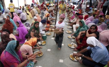 The Sikh Langar in Dubai: Food of the community, by the community ...