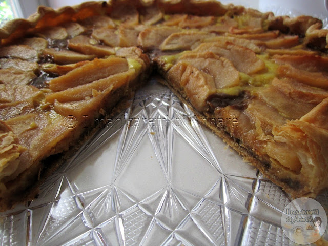 crostata di mele con marmellata e crema