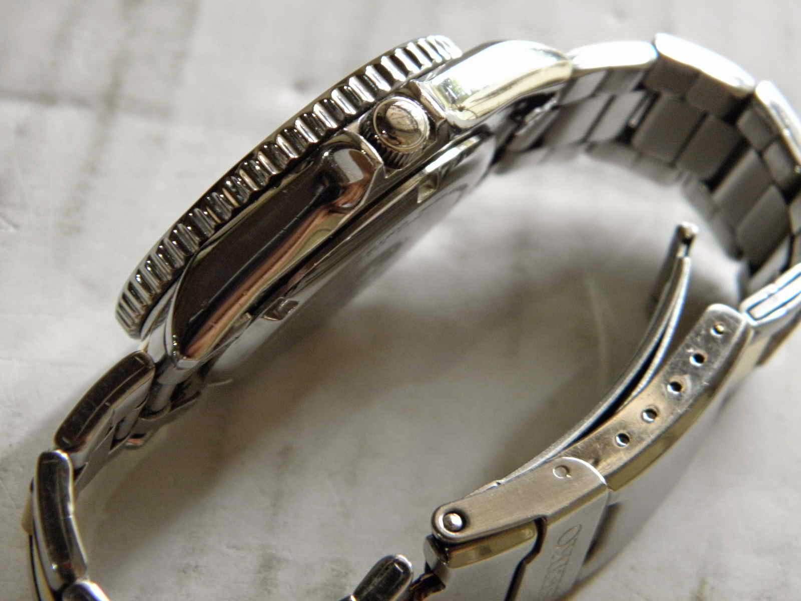 Kiosku Sold Seiko Diver Skx 027 Charles Jourdan 1016 1312c Hitam Ring Silver Plat Putih Dial Kombinasi Gold Pada Index Jendela Tanggal Dan Hands Bracelet Oyster Masih Nyaman Utk Lingkar Lengan