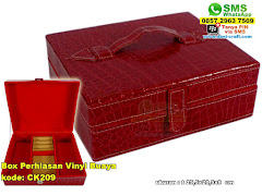 Box Perhiasan Vinyl Buaya