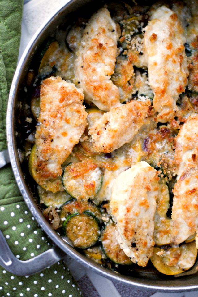 White Cheddar Chicken and Zucchini Skillet   thetwobiteclub.com