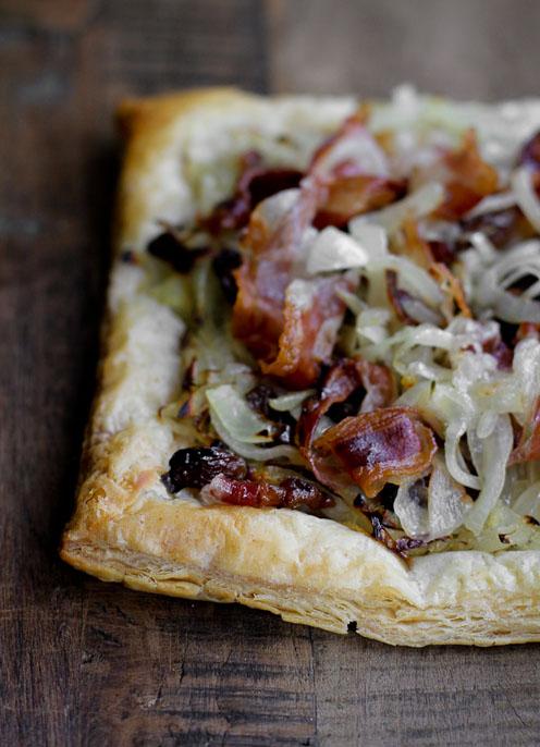 Sfoglia salata con cipolle caramellate e pancetta - Racconti di cucina ...