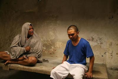 penjara JOAN OF ARC demon jail scene
