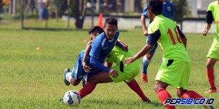 Persib Bandung vs PS Setia 7-1