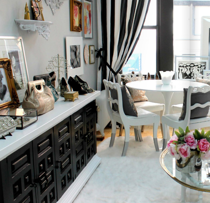 Beau lifestyle black and white office space - Black and white office decor ...